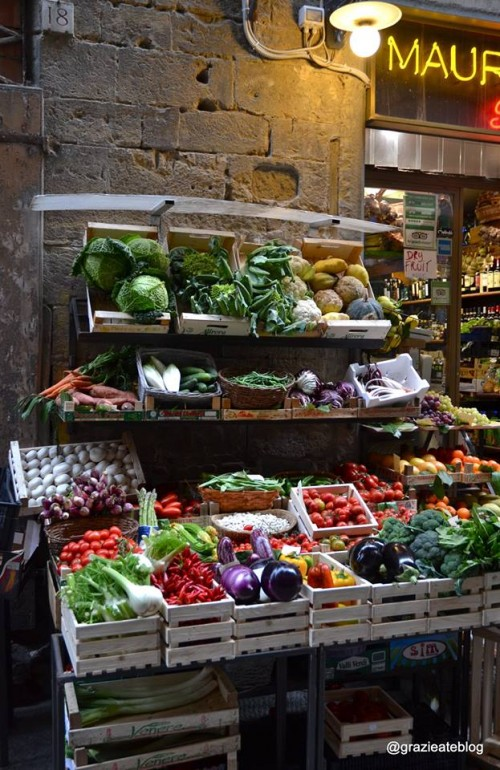 Dicas úteis para quem visita a Itália, do supermercado à bodega