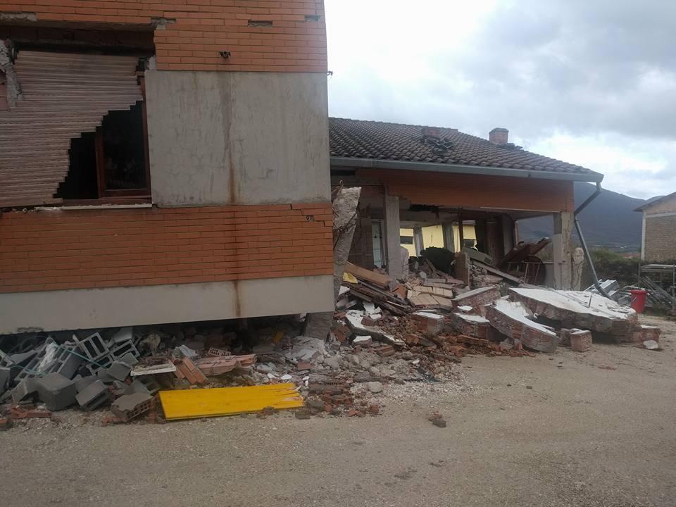 """terremoto"""